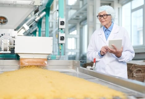 combustible dust in food and beverage processing plants requires special attention to the different equipment as well as the level of hygiene and sanitation required by authoritative bodies